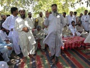 Pakistani Most Dangerous Anti-Shia Killer Cleric Tries Hand ...